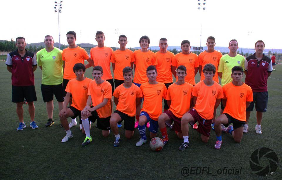 Equipo Juvenil Nacional Temporada 2015/16 en el entrenamiento del pasado día 3 de agosto<br />#EDFJVNACIONAL @EDFL_oficial
